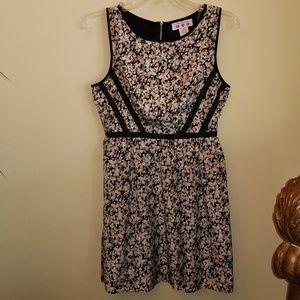 Dresses & Skirts - 3/$20 DARLING JR SZ 5 SPRING SUMMER FLORAL DRESS